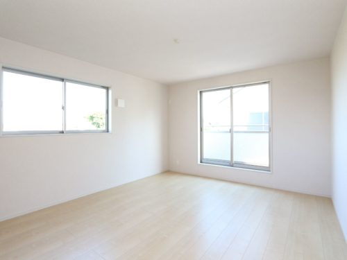 【寝室】2階・南東角・8.5帖の主寝室です。(寝室)