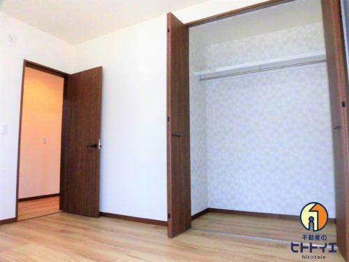 床下収納のある洋室の、お隣のお部屋です!